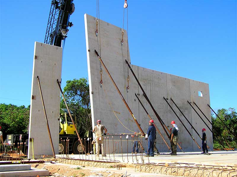 Why Choose Tilt-Up Panels Construction?